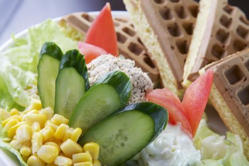 蔬菜鮪魚鬆餅