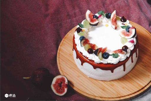 放一點無花果的蛋糕
