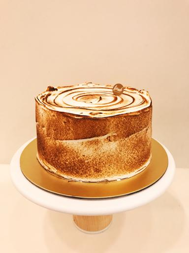 """6"""" Sweet S'mores Layer Cake"""
