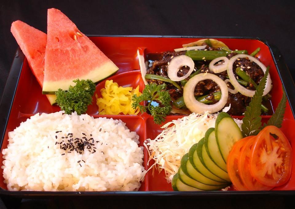 Beef Bulgogi Set (韩式牛肉饭盒)