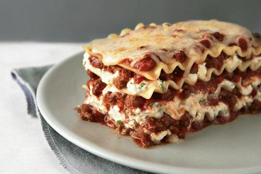 M1  濃蕃茄牛肉醬千層麵  Beef Lassagna