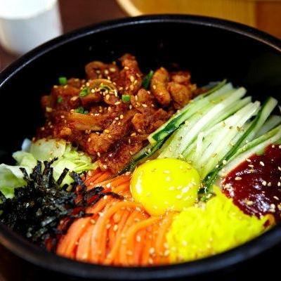 Bibimbap Chicken (韩式辣鸡拌饭)