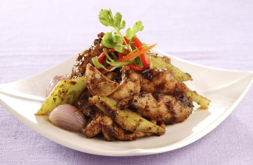 Black Pepper Chicken 黑椒鸡片