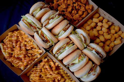 Burger Bundle: 5x Single Bondi Burgers, 5x Single Oprego Burgers, 3x Large Potato Bites, 3x Large Spicy Bolas, 2x Chilli Cheese Chips
