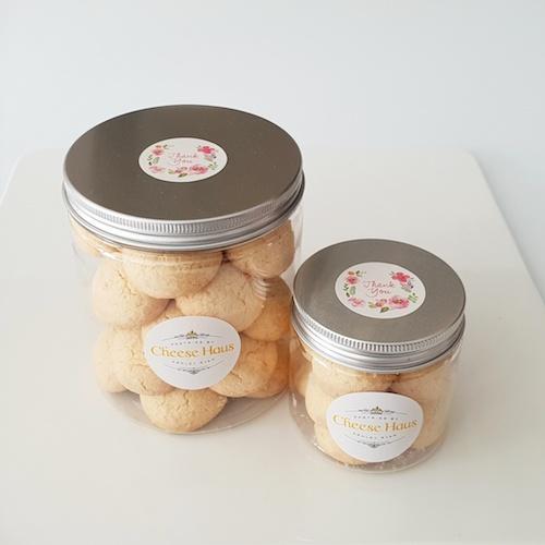 Cassava Parmesan Cookies