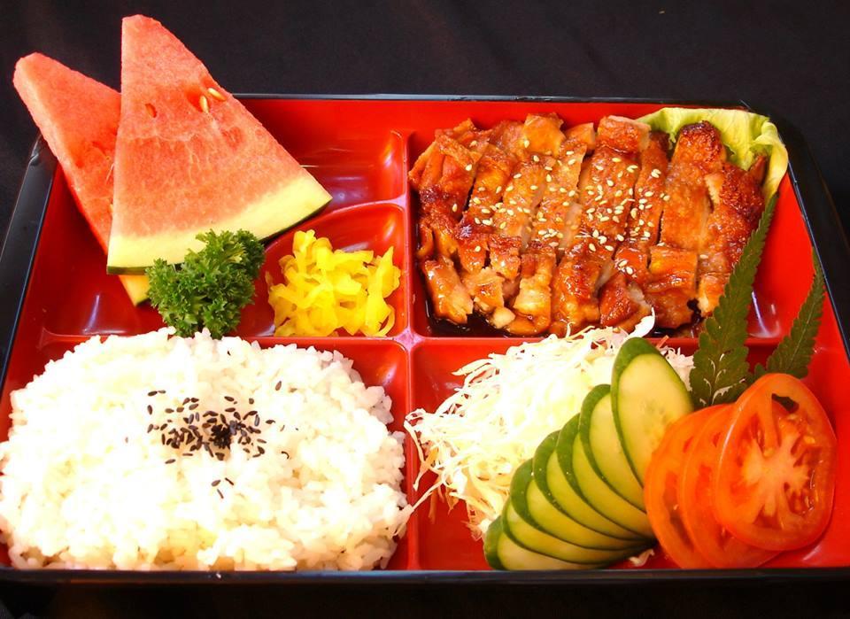 Chicken Teriyaki Set ( 照烧鸡肉饭盒)