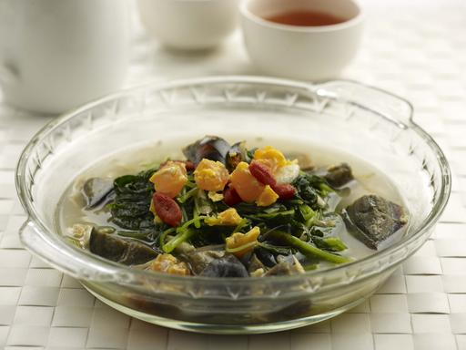 Chinese Spinach with Preserved Egg (上汤苋菜)