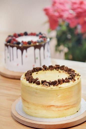 Coffee Crunch Cake