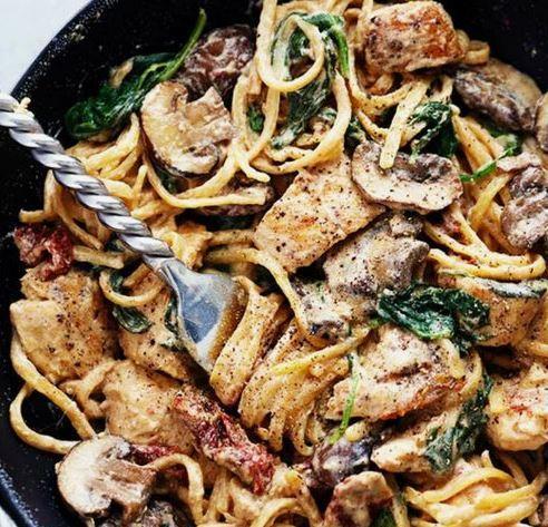 Creamy Chicken and Mushroom Spinach Spaghetti (18-June)