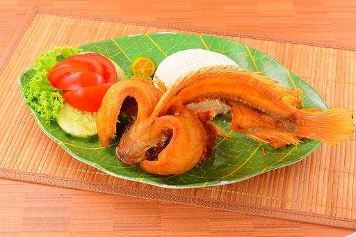 Crispy Fried Fish (Ikan Goreng Kipas)