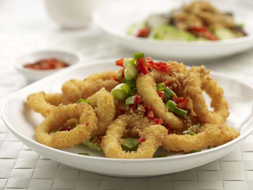 Crispy Salted Squid (椒盐苏东圈)