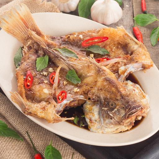 Deep Fried Fish with Tamarind Sauce