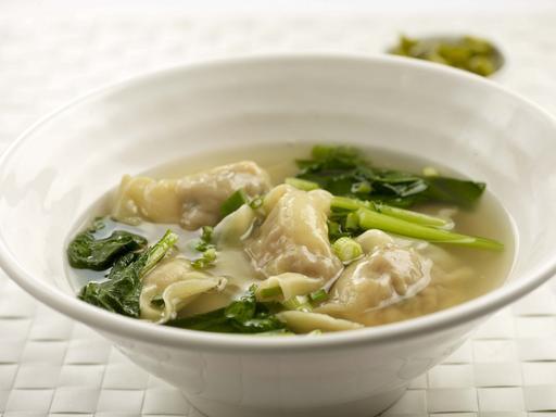 Dumpling Soup (鲜虾水饺汤)