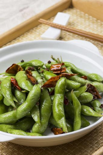 Edamame with Peppercorns 川椒爆毛豆