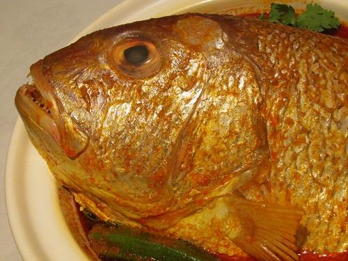 FISH HEAD CURRY (preparation time: 30 min)