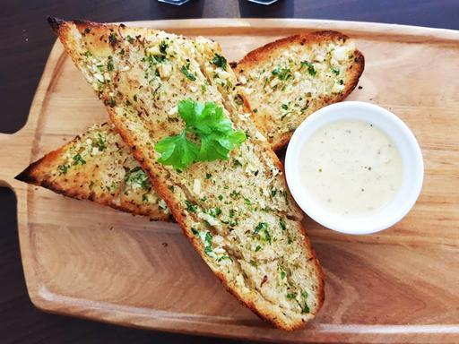 Farmer Garlic Bread