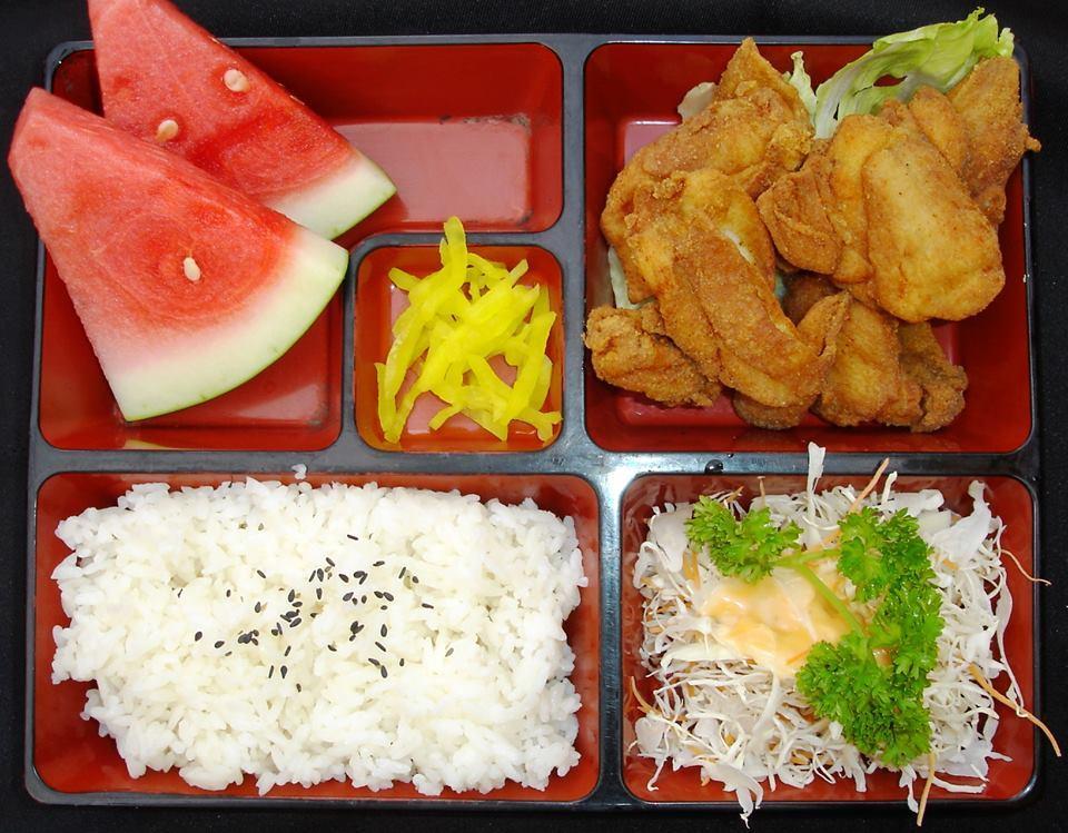 Fried Chicken Set (炸鸡块饭盒)