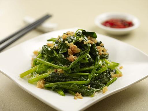 Fried Garlic with Spinach 蒜茸炒菠菜