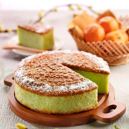 Signature Gula Melaka Pandan Cake