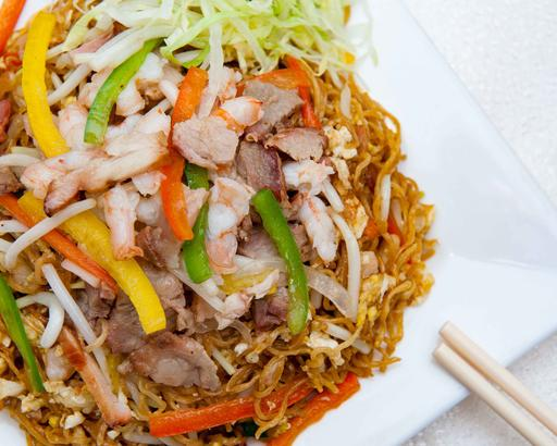 H.K. Styled Fried Noodle, Large (6-8 servings)