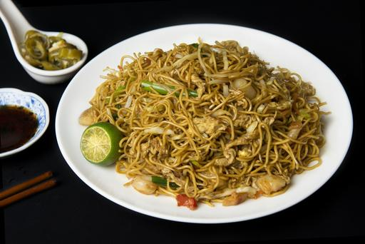 Hong Kong Style Fried Noodles 香港炒面