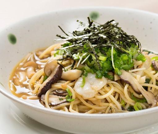 Japanese Soy Sauce Wafu Pasta with Shrimp (21-June)