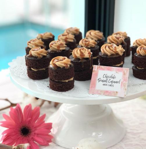 Mini cakes (15pcs)