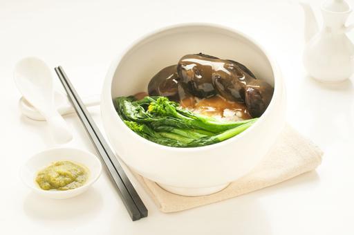 Mushrooms and Vegetable 香菇蔬菜