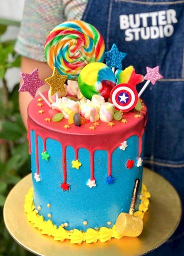 [New!] The Superhero Cake (Tall)
