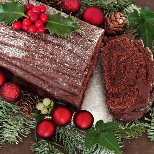Old Fashion Chocolate Fudge Log Cake