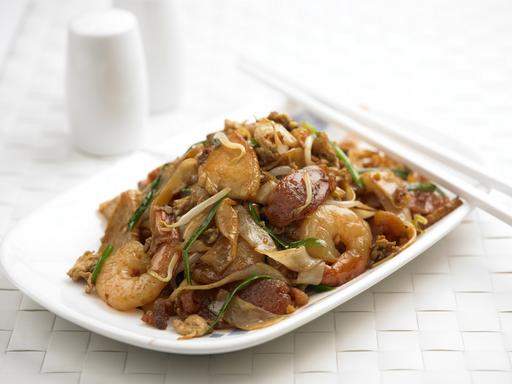 Penang Style Char Kway Teow (槟城炒果条)