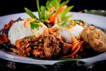 FOR DELIVERY ONLY Nasi Ambeng Set