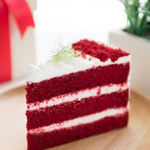 """Red Velvet Cheese Cake 8"""""""