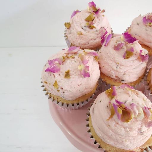 Rose Cardamom Pistachio Cupcake (6s)