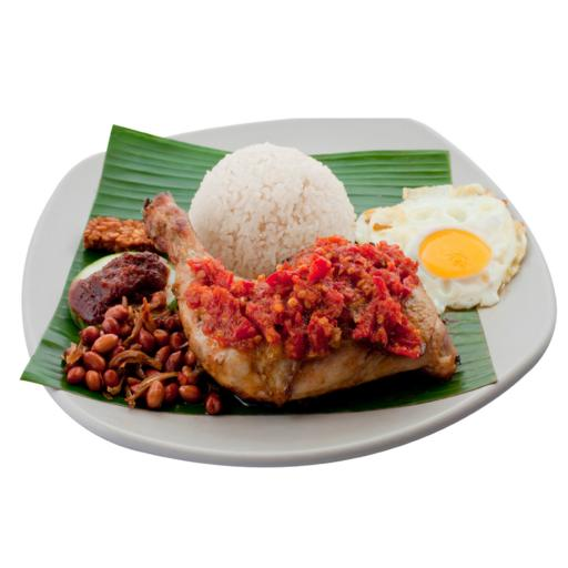 S33 - Ayam Balado w Freshly Fried Eggs