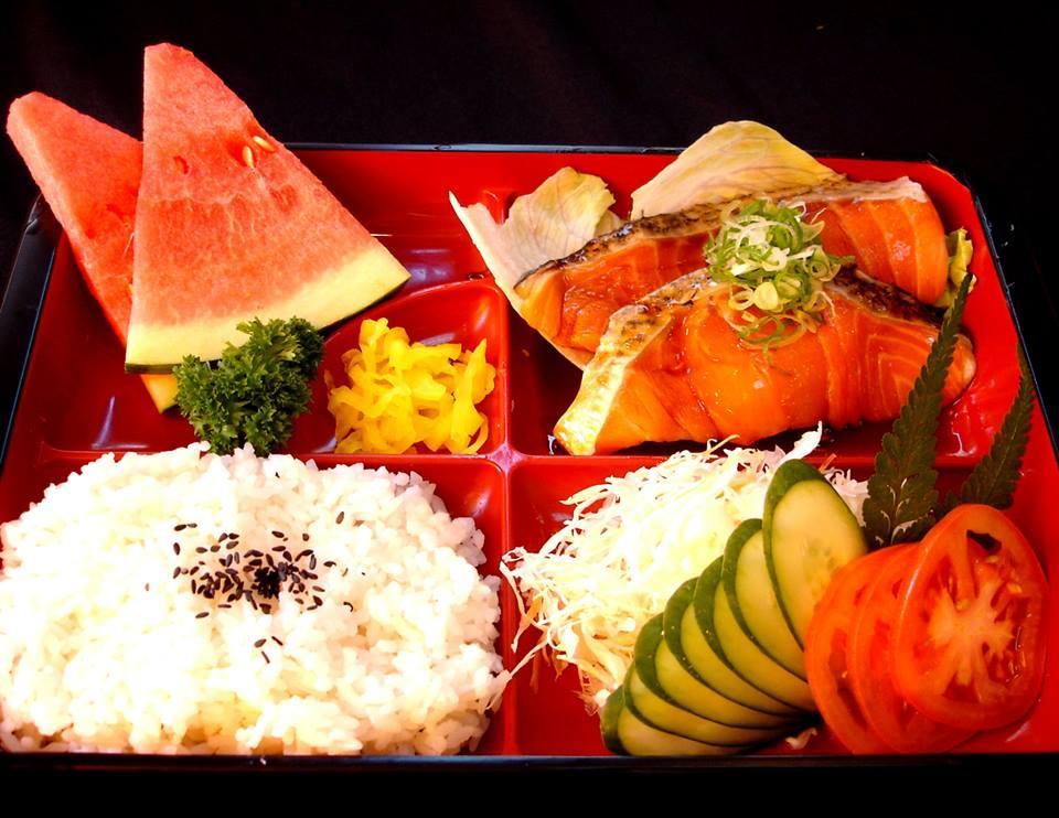 Salmon Teriyaki Set (照烤三文鱼饭盒)