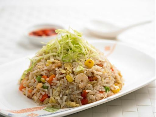 Salted Fish Fried Rice (鱼香炒饭)