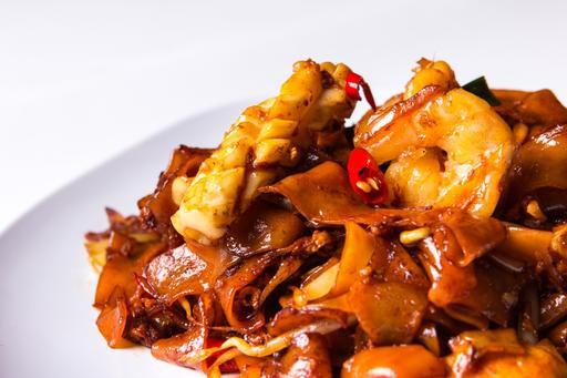 Seafood Fried Kway Teow海鲜干河