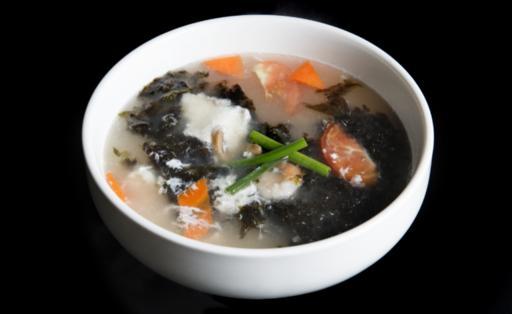 Seaweed Seafood Soup