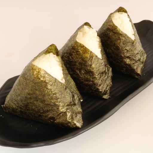 Plain Onigiri with Seaweed