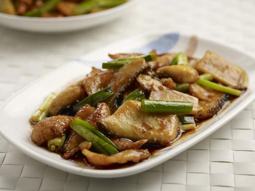 Slice Fish with Ginger and Spring Onion (姜葱生鱼片)