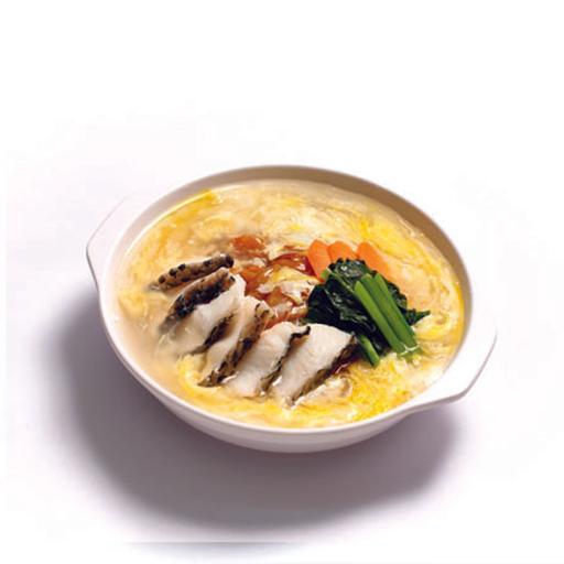 Sliced Fish Hor Fun In Creamy Egg Sauce 滑蛋鱼片炒河粉
