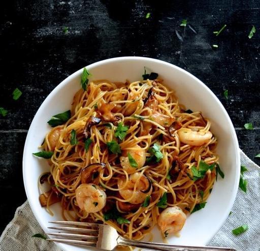 Soy Sauce Shrimp, Shiitake and Coriander Spaghettini (22-Mar)