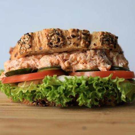 Shredded Salmon Mayo Sandwich