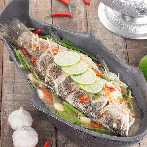 Steamed Fish with Lime and Garlic Sauce