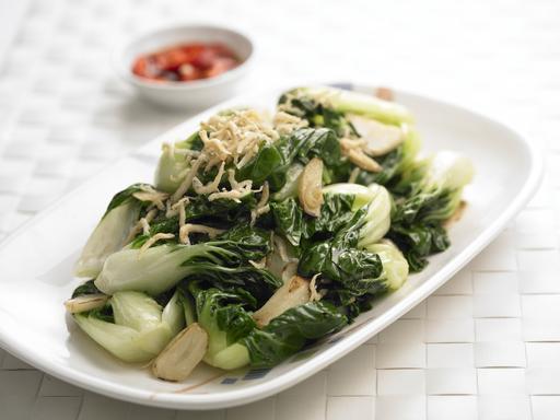 Stir-Fried Nai Bai (蒜片炒奶白)