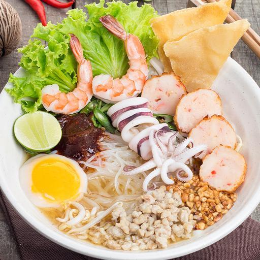 Streat Thai Sukhothai Noodles (Soup)
