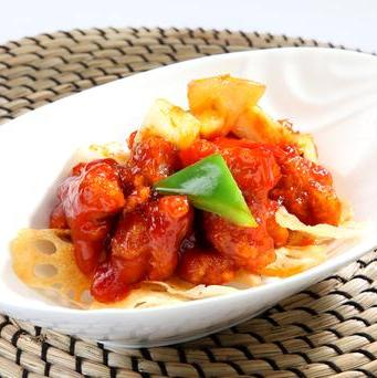 Sweet & Sour Pork Rice 咕噜蜜肉饭
