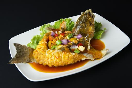 Thai Style Deep Fried Fish 泰式炸鲜鱼