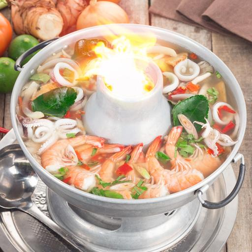 Tom Yum Clear Soup with Mixed Seafood & Chicken